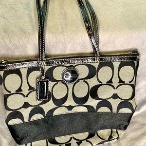 Coach F15112 Black and khaki Signature Bag